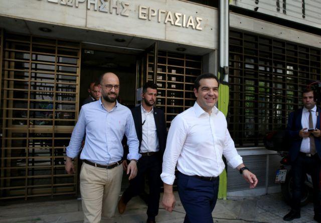 Τσίπρας στο ΣΕΠΕ: Αδιάβαστος για τα ποσοστά ανεργίας, έταξε «ποιοτικές θέσεις εργασίας» | tanea.gr