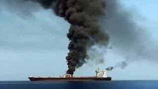 Παγκόσμιος συναγερμός για την επίθεση σε τάνκερ στον Κόλπο του Ομάν | tanea.gr