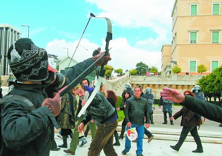 Απέδρασε από τις φυλακές Τίρυνθας ο «τοξοβόλος του Συντάγματος» | tanea.gr