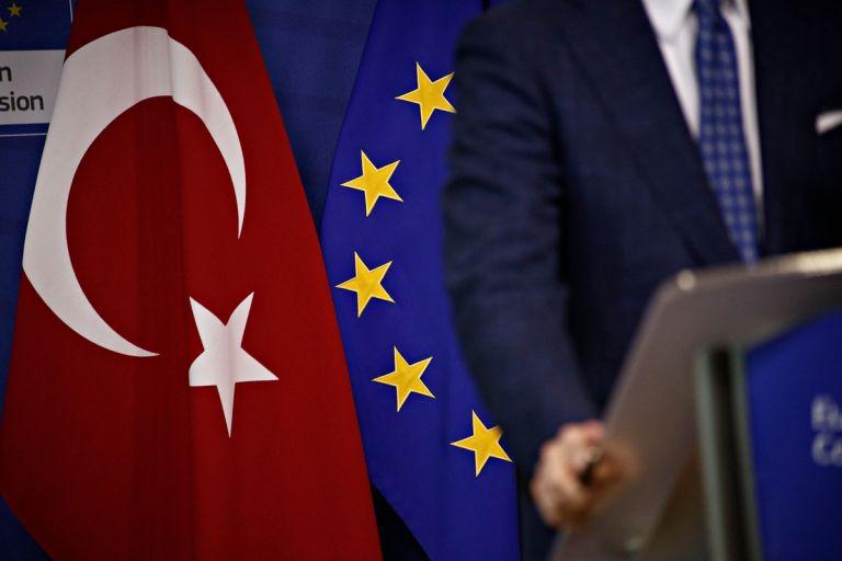 Με κυρώσεις απειλεί την Άγκυρα η ΕΕ μετά τις τουρκικές προκλήσεις | tanea.gr