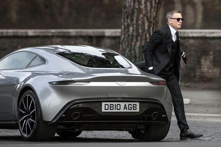 Με ηλεκτρική Aston Martin o Τζέιμς Μποντ | tanea.gr