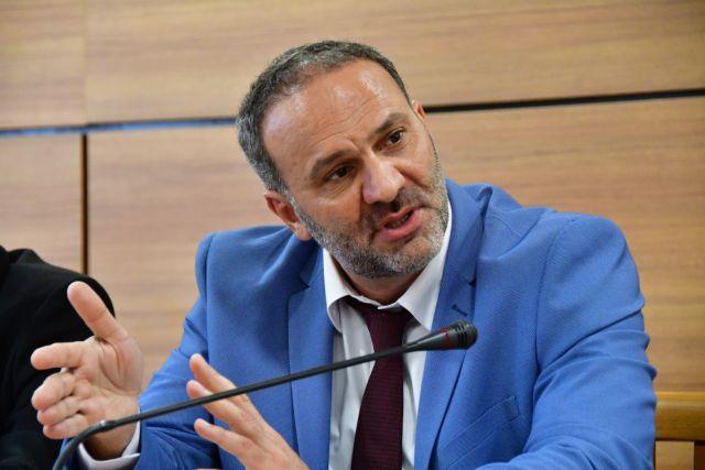 Εύβοια: Ξύλο με πρώην υφυπουργό μέσα σε εκλογικό κέντρο | tanea.gr