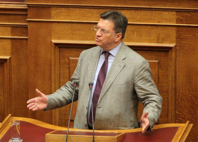 Πέτρος Ευθυμίου: Δοκιμαστήκαμε και βγήκαμε καλύτεροι από πριν | tanea.gr