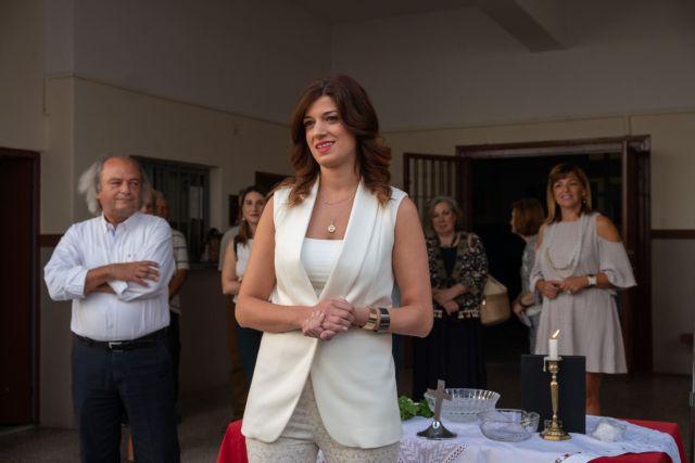 Μετά τον σάλο η Νοτοπούλου κατέβασε την προεκλογική «αφίσα» με τον Αντετοκούνμπο | tanea.gr