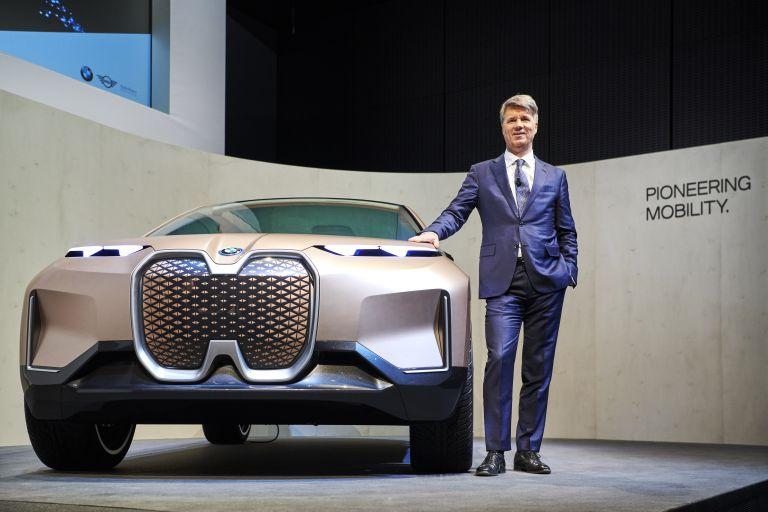 Νέα μεγάλη συμμαχία για την ηλεκτροκίνηση ανάμεσα σε BMW και Jaguar | tanea.gr