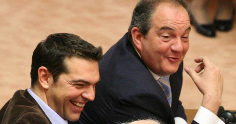 Γιατί ο Τσίπρας είπε «απεταξάμην» τον Καραμανλή | tanea.gr
