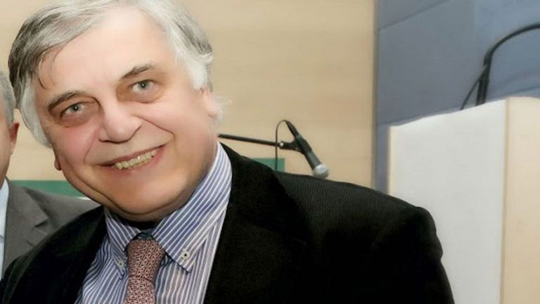 Angelis requests that Samaras, Avramopoulos, Venizelos testify on Novartis | tanea.gr