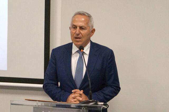 Αποστολάκης: Δεν θα επιτρέψουμε την παραμικρή αμφισβήτηση της ελληνικής υφαλοκρηπίδας | tanea.gr