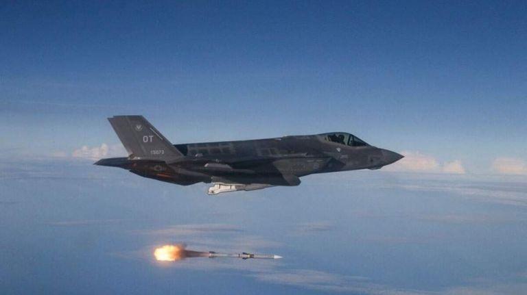 Ο Τραμπ δίνει τα F-35 στην Πολωνία και στέλνει 2000 στρατιώτες | tanea.gr