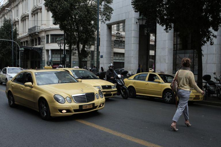 Προεκλογικό «δώρο» ΣΥΡΙΖΑ στους οδηγούς ταξί | tanea.gr