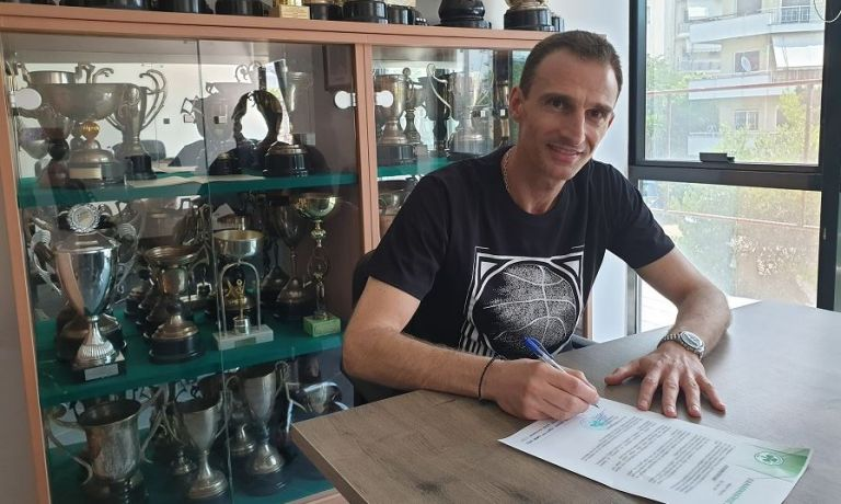 Παναθηναϊκός : Συνεχίζει με Καντζιλιέρη στον πάγκο η ομάδα μπάσκετ γυναικών | tanea.gr