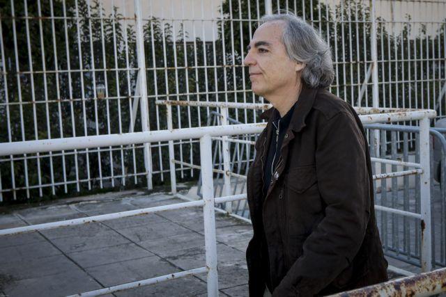 Στο νοσοκομείο για εξετάσεις ο Δημήτρης Κουφοντίνας - Επέστρεψε στη φυλακή | tanea.gr