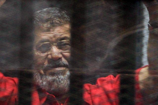Αίγυπτος: Νεκρός στο δικαστήριο ο πρώην πρόεδρος Μοχάμεντ Μόρσι   tanea.gr
