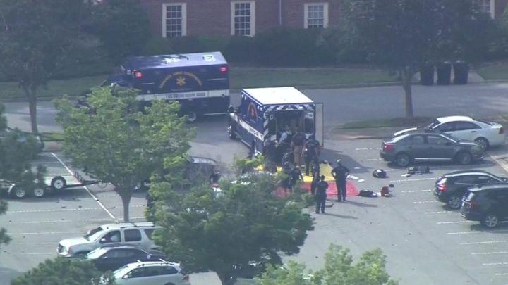 Σφαγή στη Βιρτζίνια : 12 νεκροί σε επίθεση ενόπλου στο δημοτικό κέντρο | tanea.gr