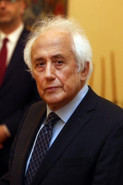 Ο Αντ. Ρουπακιώτης ορκίστηκε υπηρεσιακός υπουργός Εσωτερικών | tanea.gr