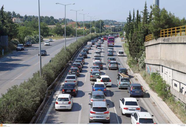 Στο «κόκκινο» η κίνηση σε Αθηνών – Κορίνθου και λιμάνι Πειραιά | tanea.gr
