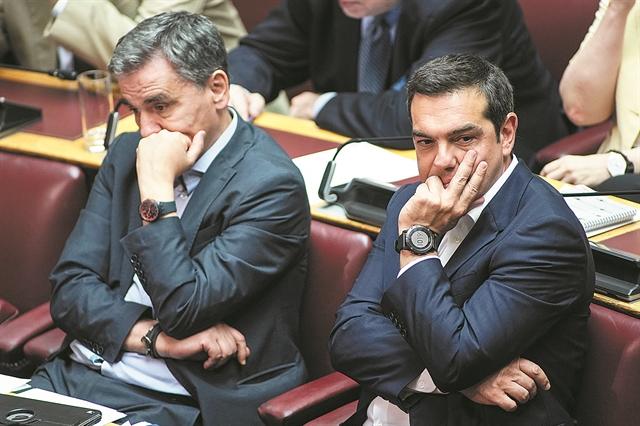 Τους χωρίζει και το δημοψήφισμα | tanea.gr