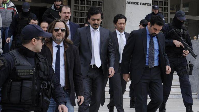 Επανέρχεται για τους «οκτώ» η Τουρκία: Περιμένουμε από τον Μητσοτάκη να τους παραδώσει | tanea.gr
