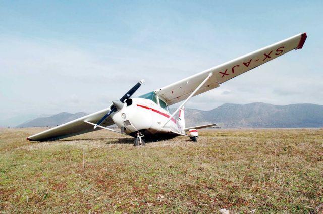 Αναγκαστική προσγείωση μονοκινητήριου σε παράδρομο της Εγνατίας | tanea.gr