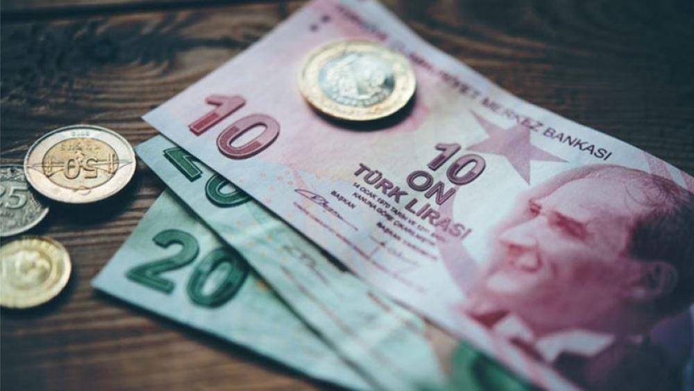 Τρόμος στην Τουρκία: Λίρα και κόκκινα δάνεια γονατίζουν την οικονομία