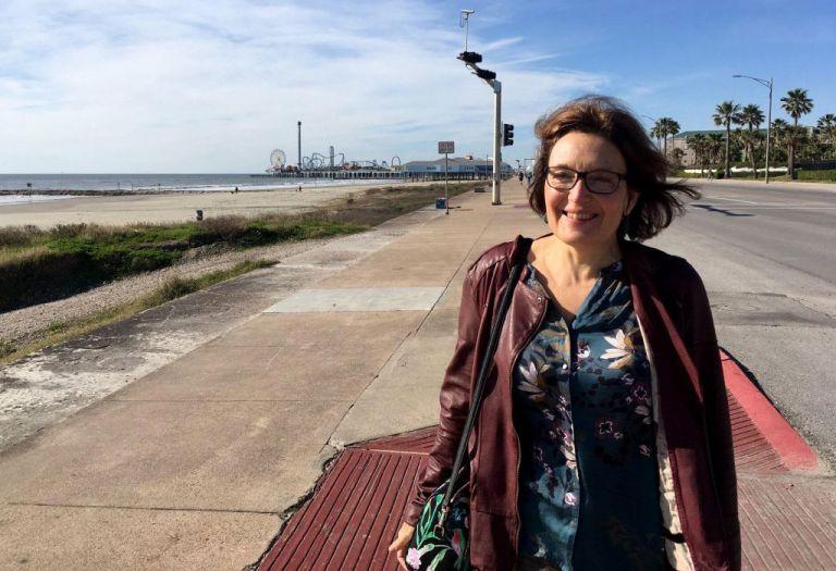 Suzanne Eaton: Ο δολοφόνος τη είδε να κάνει τζόγκινγκ, την ακολούθησε και την σκότωσε με το αμάξι   tanea.gr