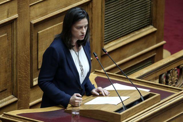 Κεραμέως: Επιστρέφει η ελάχιστη βάση εισαγωγής στα Πανεπιστήμια   tanea.gr