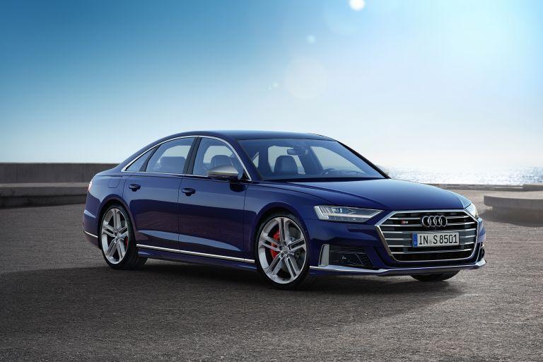 Audi S8: Η λιμουζίνα των 571 ...προεδρικών ίππων   tanea.gr