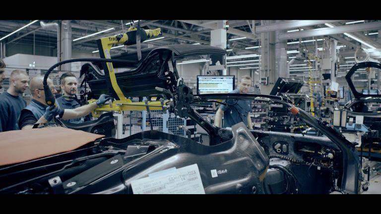 Ανεβάζουν και άλλο τα ...volt οι πωλήσεις ηλεκτρικών της BMW | tanea.gr