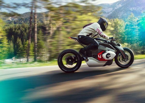 Πρώτη γεύση από την ηλεκτρική μοτοσικλέτα της BMW | tanea.gr