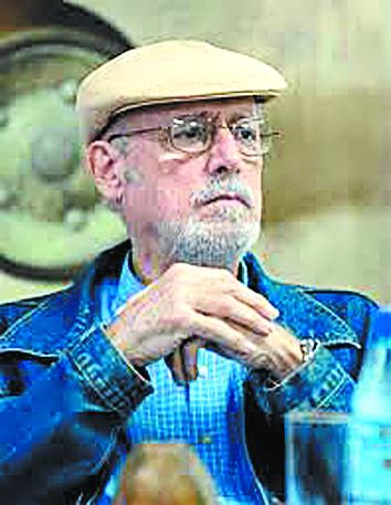 Πέθανε ο κουβανός ποιητής Ρεταμάρ   tanea.gr