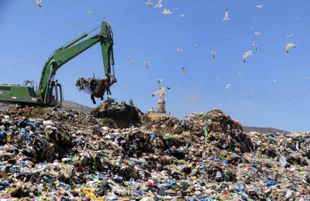 Μήνυση Πατούλη κατά Δούρου για το διαφαινόμενο αδιέξοδο με τα σκουπίδια της Αττικής | tanea.gr