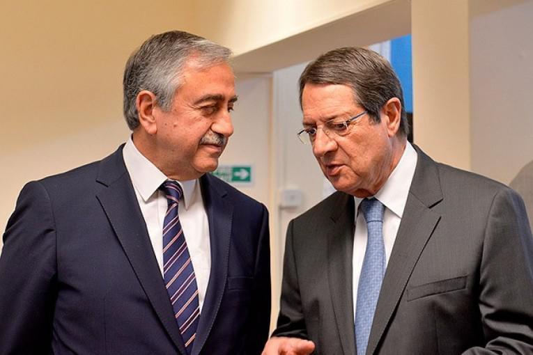 Κύπρος: Ομόφωνο «όχι» του συμβουλίου αρχηγών στην πρόταση Ακιντζί | tanea.gr