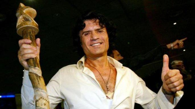 Πέθανε ο έλληνας τραγουδιστής Κώστας Κορδάλης   tanea.gr