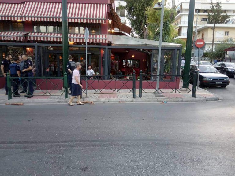 Μαφιόζικη εκτέλεση σε καφετέρια γνωστού ηθοποιού στο Περιστέρι | tanea.gr