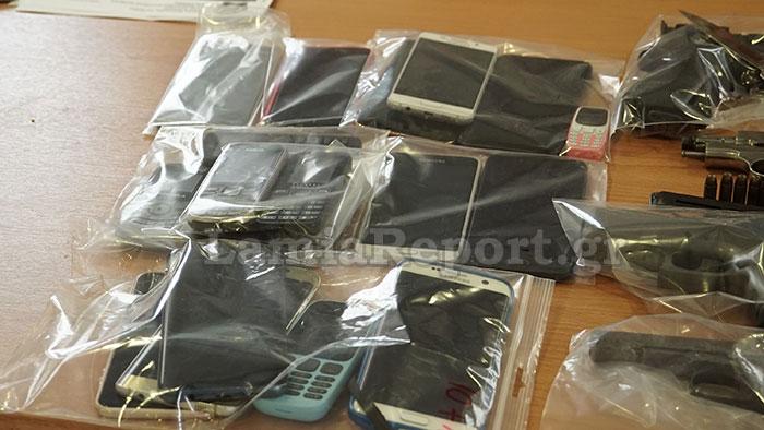 Κατασχεμένο κινητό για ναρκωτικά χτυπούσε την ώρα της παρουσίασης | tanea.gr