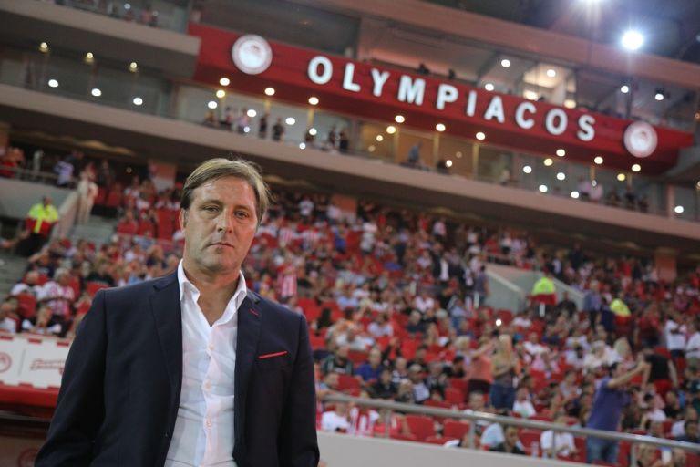 Ολυμπιακός : Το τελευταίο «αντίο» του Μαρτίνς στον Βασέγε   tanea.gr