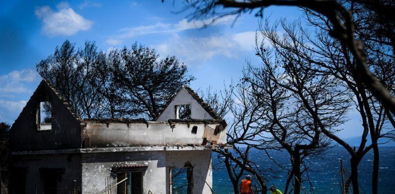 Μάτι: Συγκλονιστικά πλάνα πριν και μετά την καταστροφή | tanea.gr