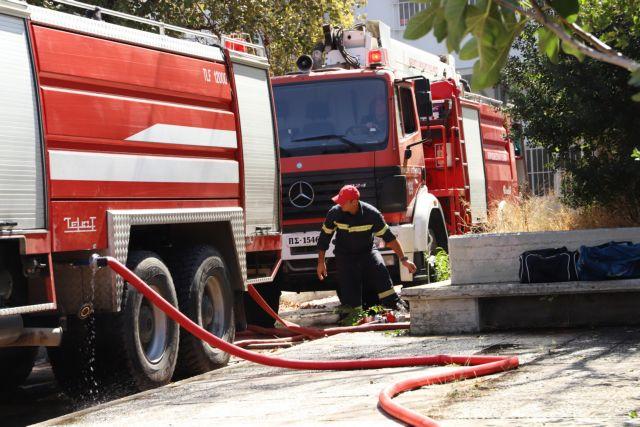 Μεγάλη φωτιά στη Λευκάδα | tanea.gr