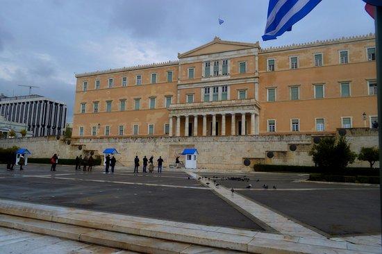 Αυξήθηκε το χρέος της Ελλάδας | tanea.gr