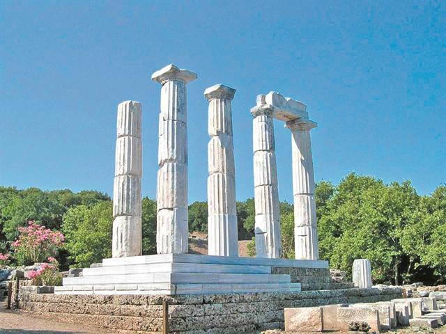 Η Νίκη κι ο Φονιάς, οι Μεγάλοι Θεοί και οι Γατελούζοι | tanea.gr