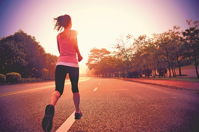 «Ας πάω για τρέξιμο» σκέφτηκε η Σούζαν...   tanea.gr