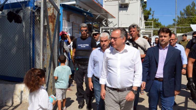 Κουμουτσάκος: Προτεραιότητα η επιτάχυνση των διαδικασιών εξέτασης ασύλου | tanea.gr