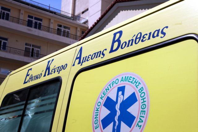 Ανήλικος έπεσε σε φωταγωγό πολυκατοικίας | tanea.gr