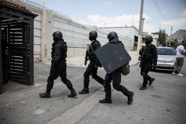 Αυτοκτόνησε φρουρός στις φυλακές Κορυδαλλού   tanea.gr