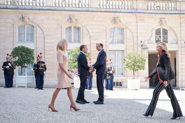 Μαρέβα Μητσοτάκη: Πώς σχολίασε την εμφάνισή της στο Παρίσι ο Βασίλης Ζούλιας   tanea.gr