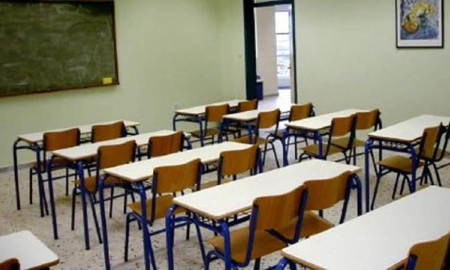 Πώς θα γίνουν οι προσλήψεις των αναπληρωτών εκπαιδευτικών στα σχολεία | tanea.gr