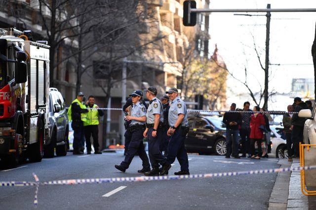 Σίδνεϊ: Άνδρας επιτέθηκε με μαχαίρι σε πολίτες | tanea.gr