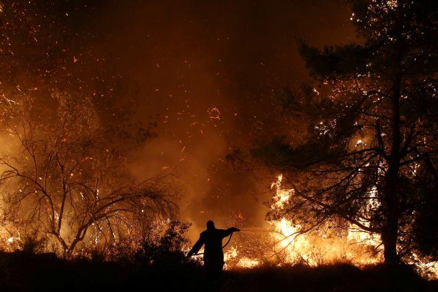 Φωτιά στην Εύβοια: Στα 11,5 χιλιόμετρα το μέτωπο της πυρκαγιάς | tanea.gr