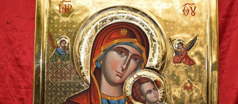Παναγία : Το ιερότερο πρόσωπο της Ορθοδοξίας, αποκούμπι όλων των Ελλήνων | tanea.gr