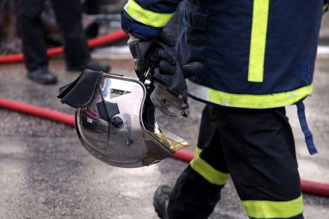 Στα ίχνη εμπρηστή οι αρχές για τις πυρκαγιές σε Μανωλάδα και Βάρδα Ηλείας   tanea.gr